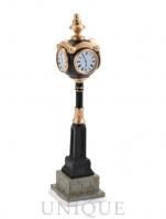 Department 56 Uptown Clock