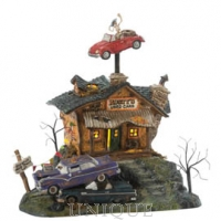 Department 56 Rusty's Used Cars