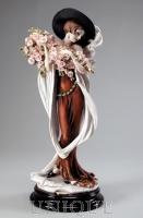 Armani Figurines Tosca