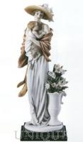Armani Figurines Baby's Love