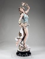 Armani Figurines Flora