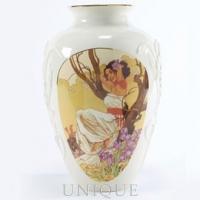 Ebony Visions Iris in Bloom Vase