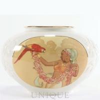 Ebony Visions Rose Beauty Vase
