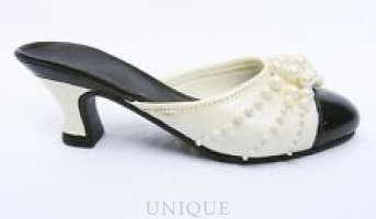 Just the Right Shoe Pearl Mule