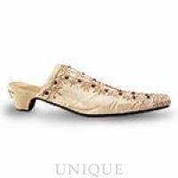 Just the Right Shoe Aristocrat