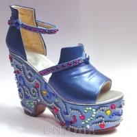 Just the Right Shoe Mardi Gras, Blue