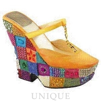 Just the Right Shoe Checkered Past, Gold