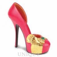 Just the Right Shoe Voluminous