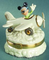 Lenox Classics Flying High With Mickey