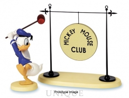 Walt Disney Classics Collection Donald Duck with Gong: The Big Finish