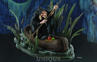 Walt Disney Classics Collection Evil Queen / Witch (in Boat)
