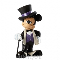 Walt Disney Showcase Collection Mickey Mouse Figurine