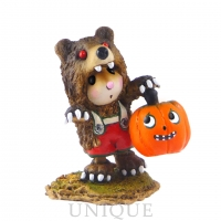 Wee Forest Folk Little Mouse in Scary Bear!