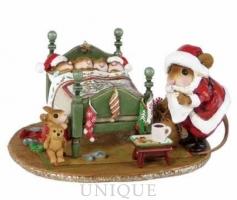 Wee Forest Folk Surprised Santa!