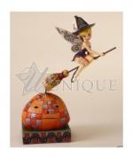 Tinker Bell : Pixie Takes Flight