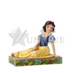Snow White Personality Pose