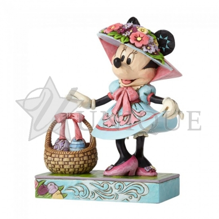 Minnie Mouse in Easter Bonnet