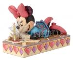 Minnie Personality Pose