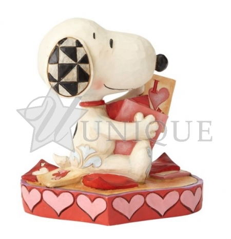 Snoopy with Valentine's Cards