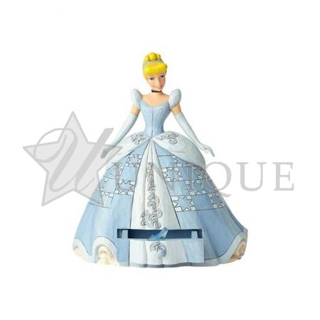 Cinderella with Shoe Charm