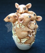 Brown Crystal Mouse