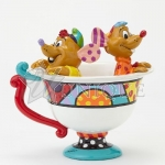 Jaq & Gus in Tea Cup