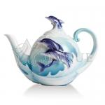 Dolphin Splash: Teapot