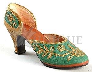 Carved Heel